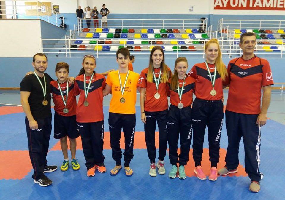 Medallas para taekwondo conseguidas en la Copa de Federación de Andalucia. 07.10.17.