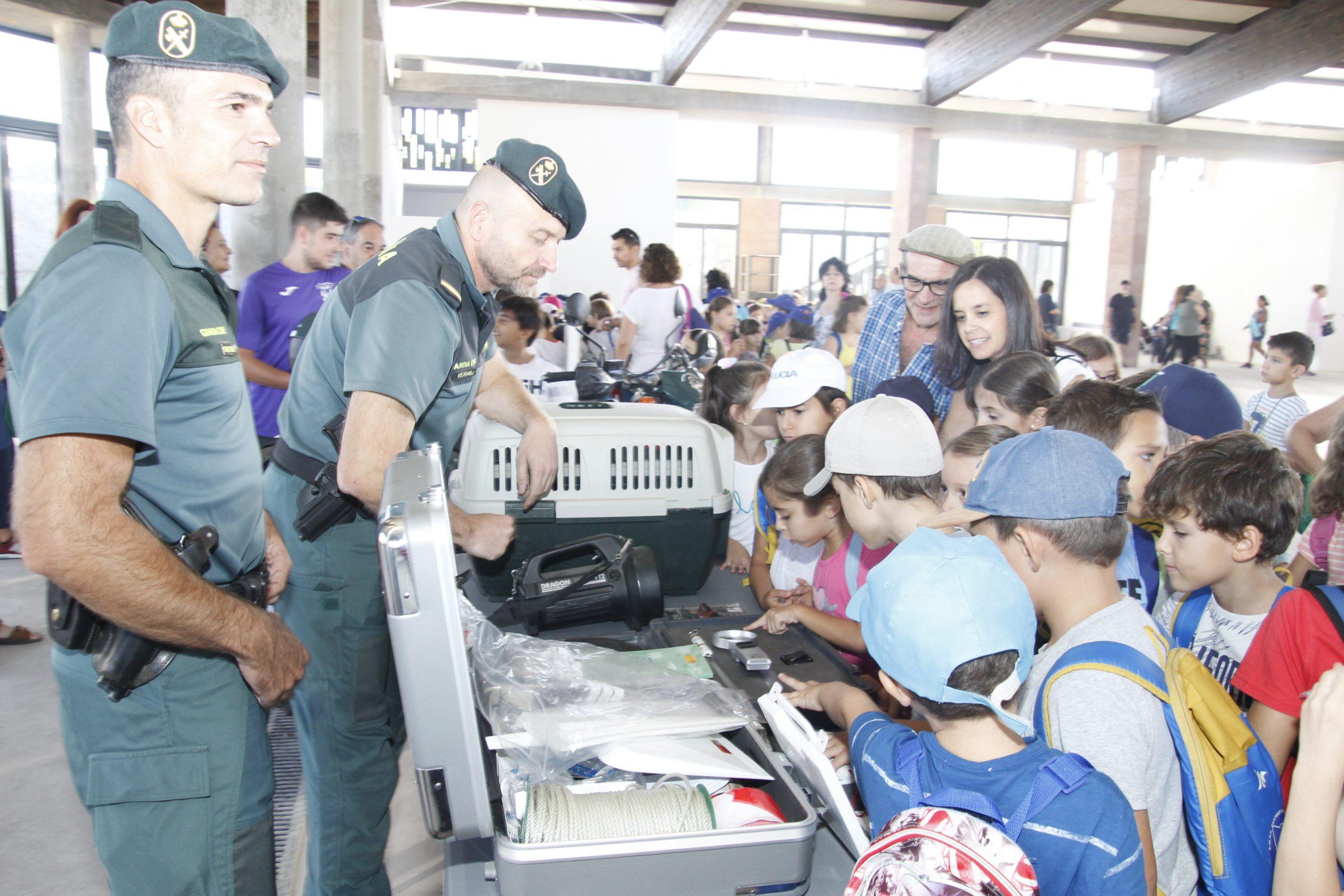 Exhibición especialidades Guardia Civil 1