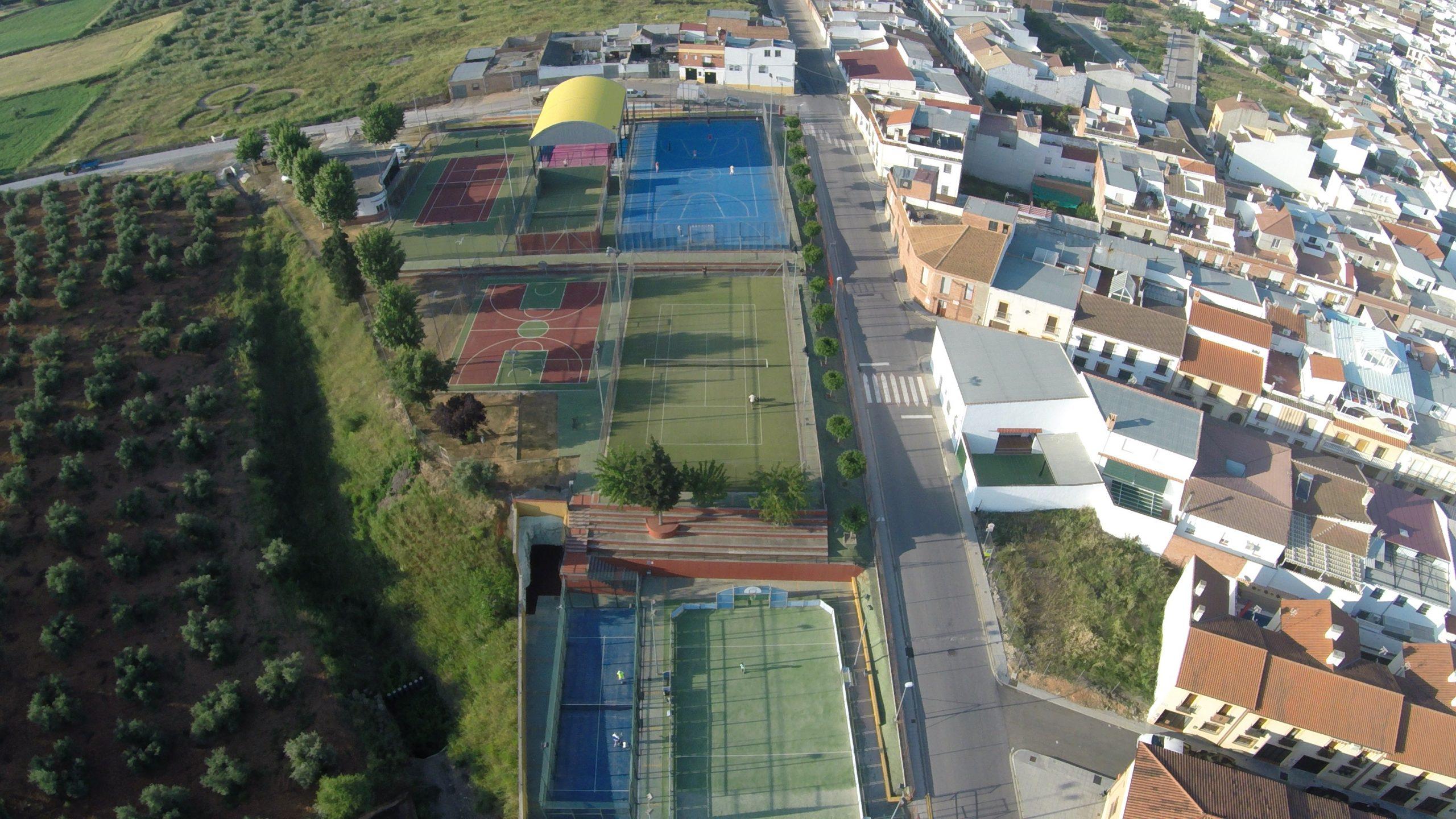 """Instalaciones Deportivas """"El Cerrillo"""" 1"""